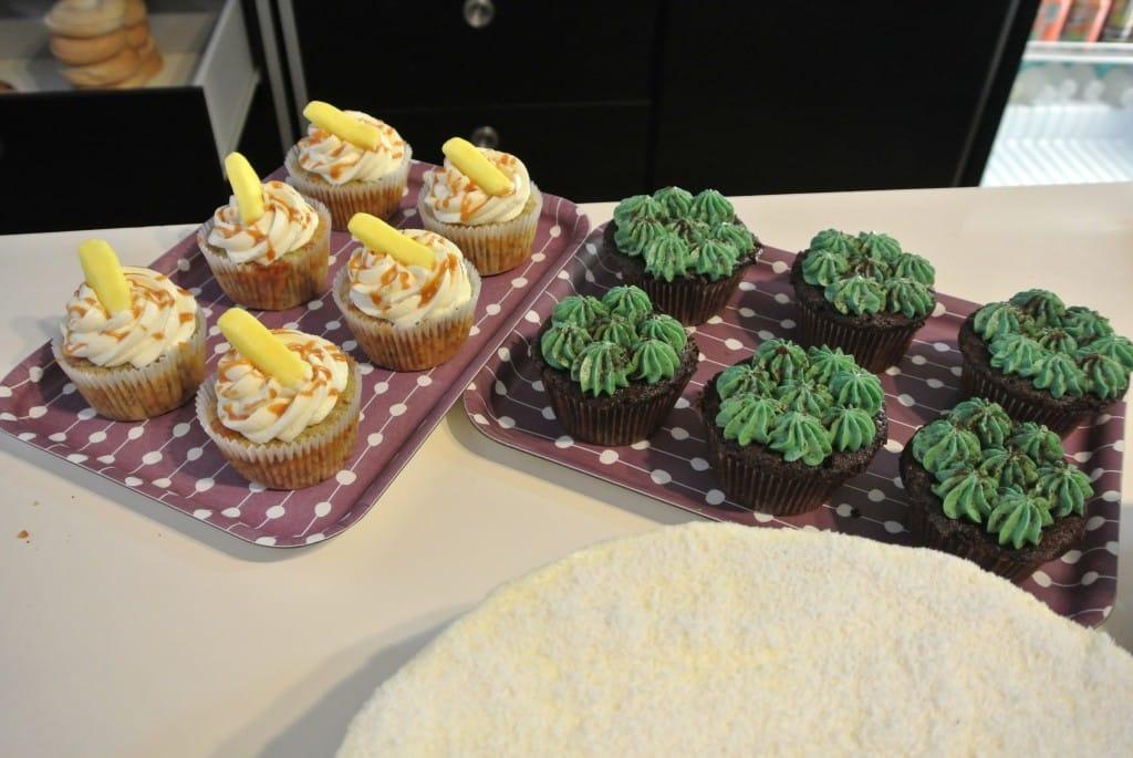 Cupcakes Banane / Caramel au Beurre Salé Maison et Chocolat / Pistache