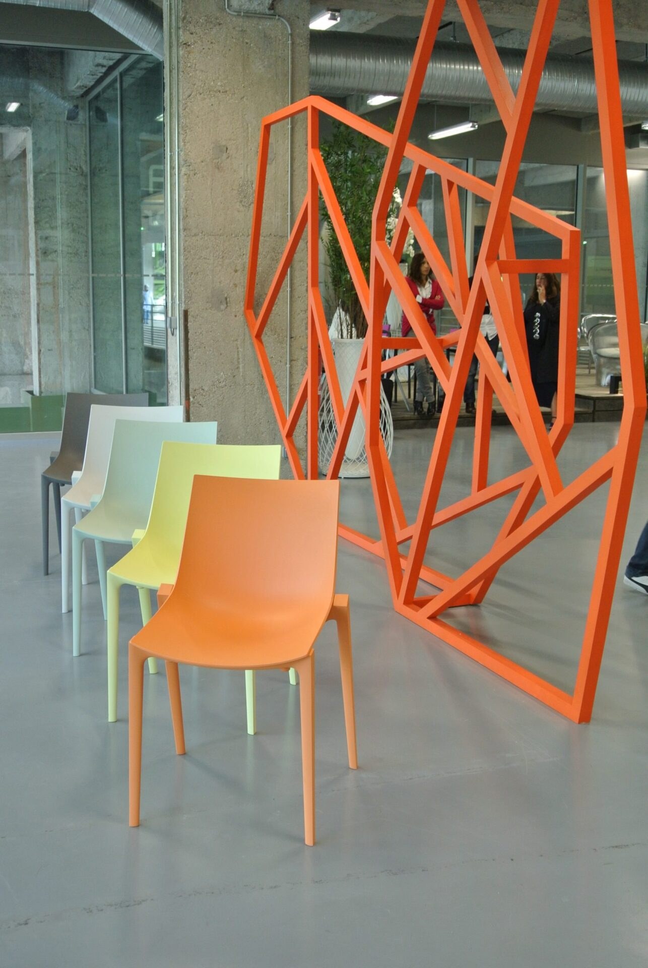Chaises matière recyclable Starck